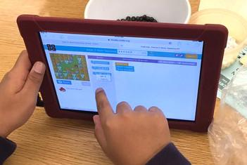 Students log in to international Hour of Code