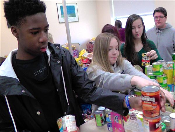 NHS holiday food drive a community effort