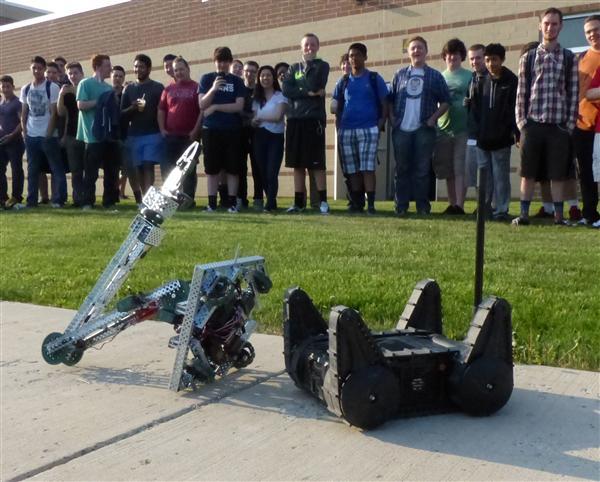 Police robot visits NHS Robotics classes