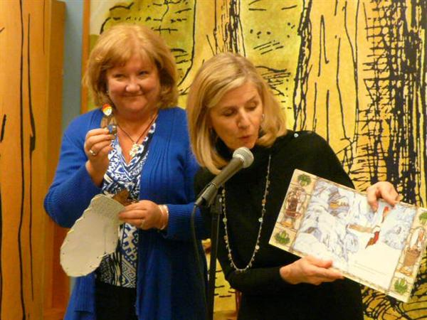 Author visits Miller, Barnes & Noble Night