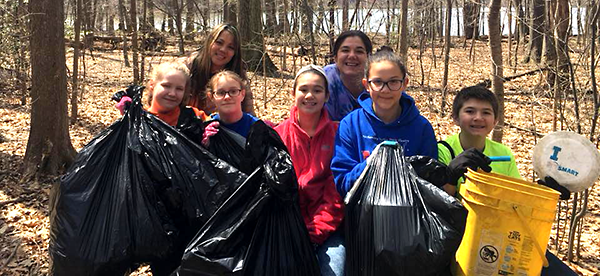 Earth Day clean-up at Poquessing